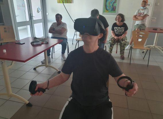 Réalité virtuelle – Une nouvelle séance d'évasion au foyer de Saint-Michel de Rieufret