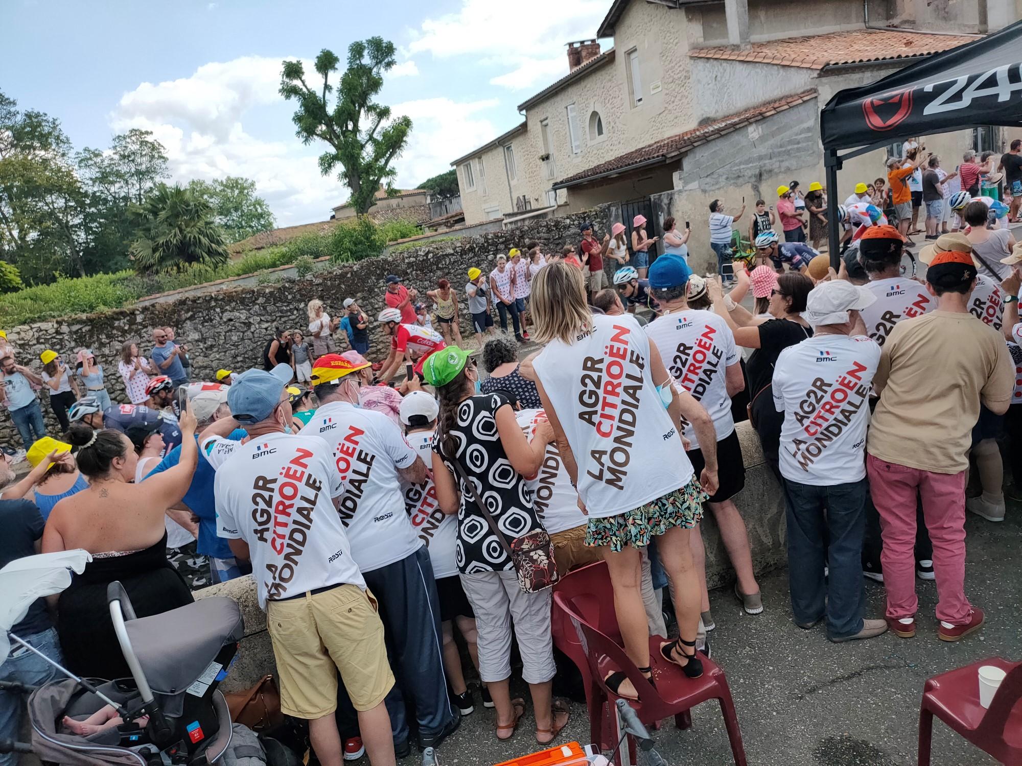 TOUR DE FRANCE<br> Le foyer de Saint-Michel sur la 20ème étape Girondine !