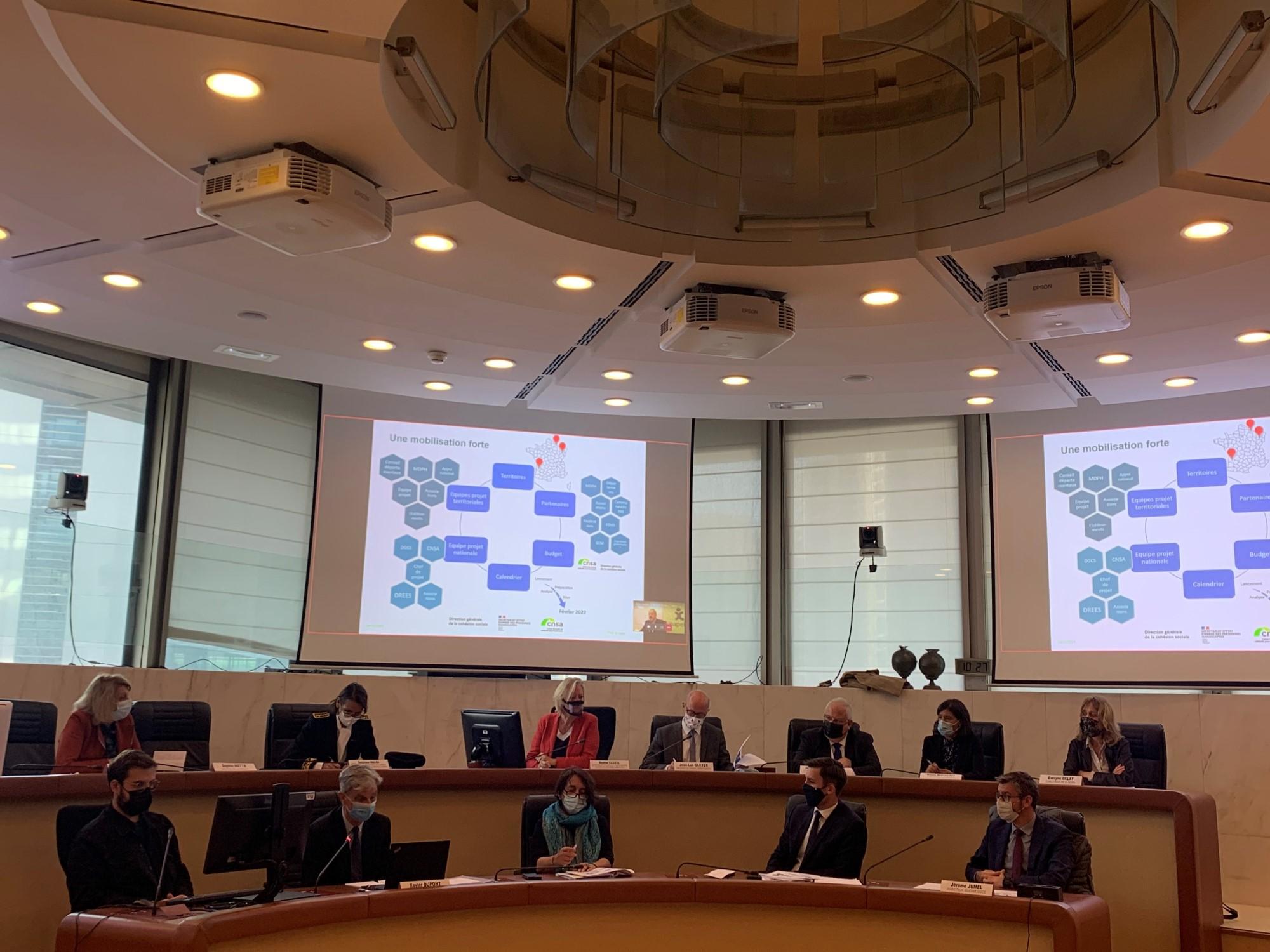 Rencontre avec la Secrétaire d'État Sophie Cluzel et des responsables d'associations en Gironde